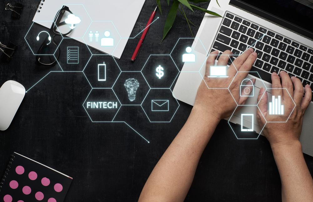 Fintech marketing SEO Social